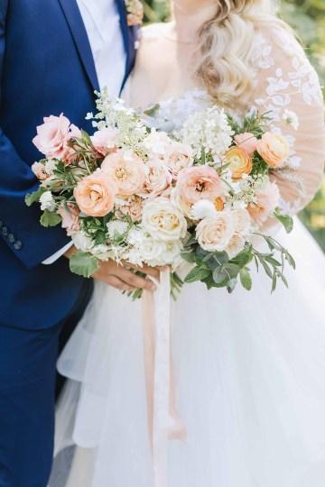Cheery Marthas Vineyard Summer Wedding – Lena Mirisola Weddings 16