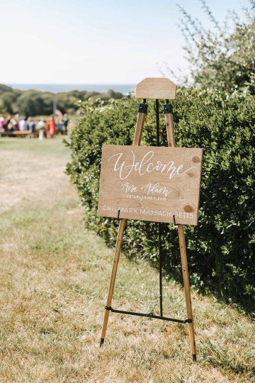 Cheery Marthas Vineyard Summer Wedding – Lena Mirisola Weddings 21