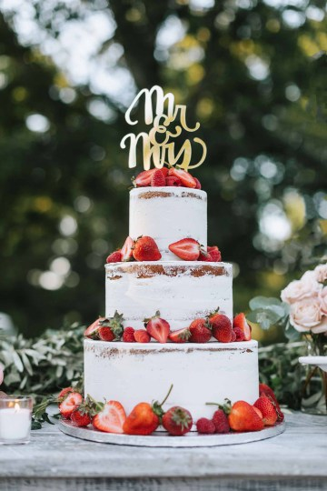 Cheery Marthas Vineyard Summer Wedding – Lena Mirisola Weddings 46