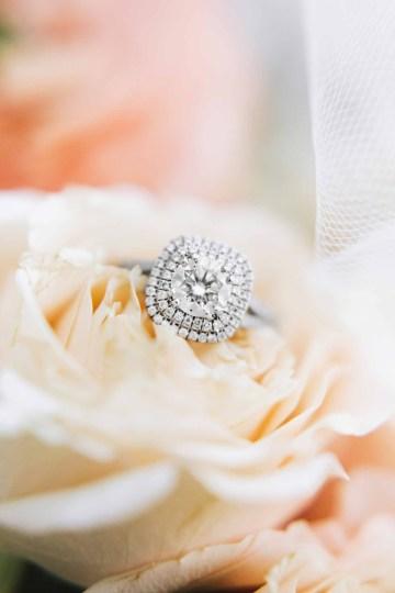 Cheery Marthas Vineyard Summer Wedding – Lena Mirisola Weddings 7