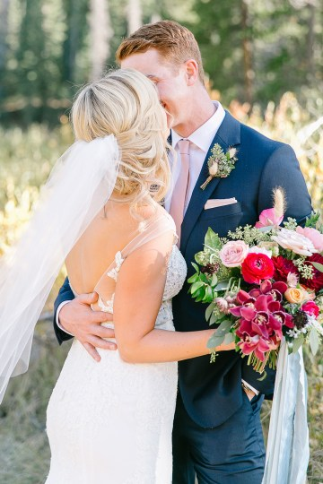 Colorful Colorado Wedding with Stunning Mountain Views – Callie Hobbs – Banks and Leaf 26