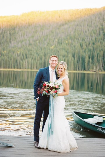 Colorful Colorado Wedding with Stunning Mountain Views – Callie Hobbs – Banks and Leaf 37