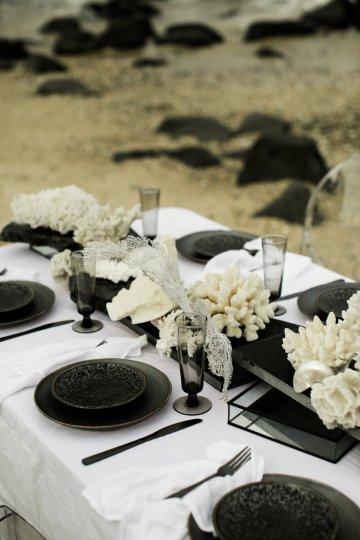 Effortlessly Cool Lava Rock Beach Wedding Inspiration in Byron Bay – Megan Kelly Photo 6