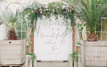 Elegant Berry & Cherry Red Wedding Inspiration