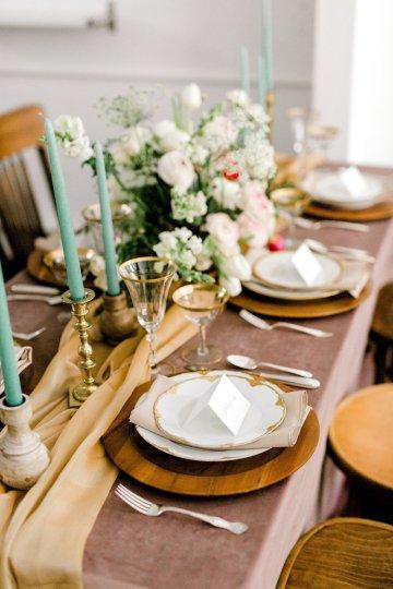 Monica Phoebe and Rachel Friends Bridal Inspiration – Lora Grady Photography 27