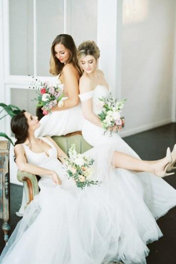 Monica Phoebe and Rachel Friends Bridal Inspiration – Lora Grady Photography 37