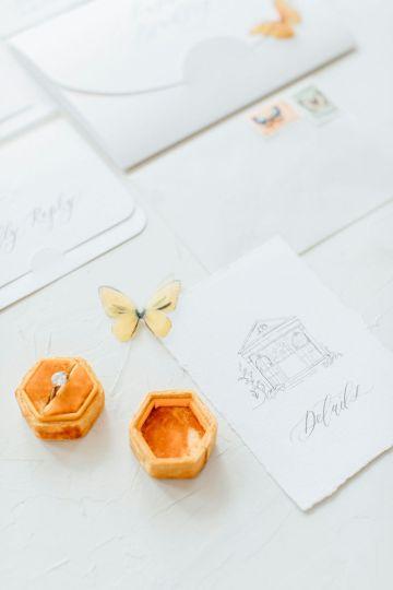 Pretty Butterfly Inspired Wedding Ideas – Anja Schneemann Photography 26