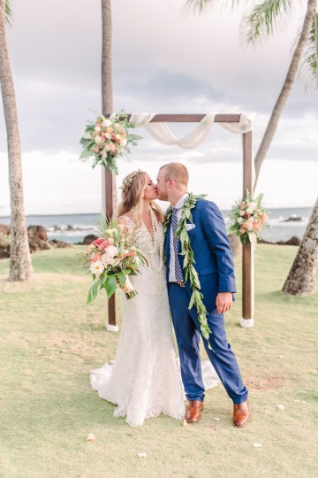 Tropical Maui Lava Field Wedding – Marlayna Photography 49