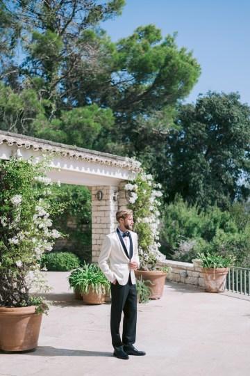 Modern Fashion-Forward Black White and Pink Greek Wedding Inspiration – Panos Demiropoulos 12