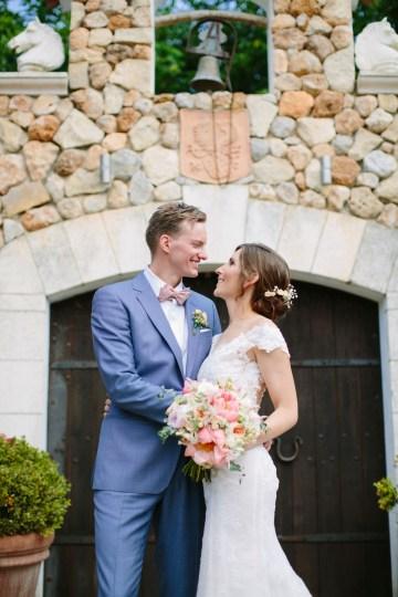 Posh Mallorca Pool Party Wedding at a Rustic Spanish Villa – Sandra Manas 33