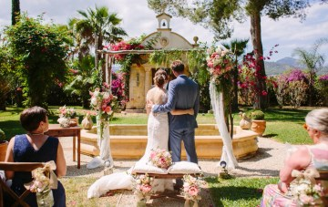 Posh Mallorca Pool Party Wedding At A Stunning Spanish Villa