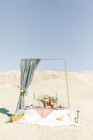 Rainbow Basin Desert Wedding Inspiration with Moon Stationery – Victoria Masai Photography 18