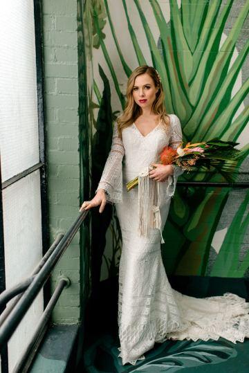 Bold Tropical Wedding Inspiration – Katerina Antos-Lewis Photography 23