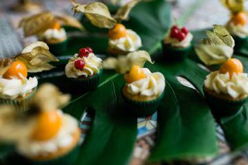 Bold Tropical Wedding Inspiration – Katerina Antos-Lewis Photography 4