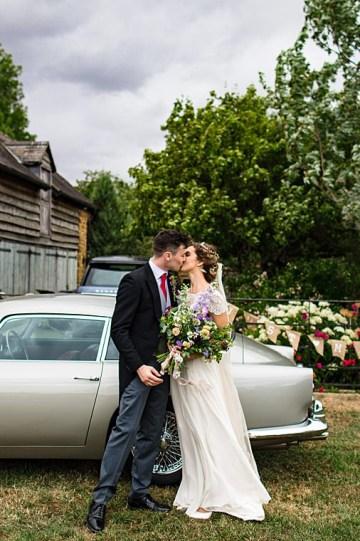 Charming English Wildflower Wedding At The Family Farm – Jonny Barratt Wedding Photography 38