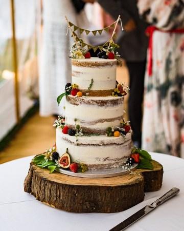 Charming English Wildflower Wedding At The Family Farm – Jonny Barratt Wedding Photography 56