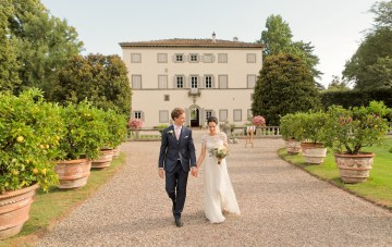 Romantic & Rustic Food-Filled Wedding In Tuscany