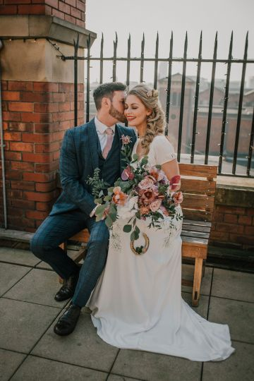 Vintage Glamour Wedding Inspiration in Manchester – Gail Secker Photography 16