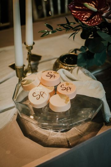 Vintage Glamour Wedding Inspiration in Manchester – Gail Secker Photography 59