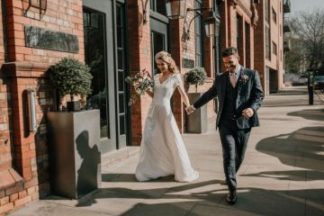 Vintage Glamour Wedding Inspiration in Manchester – Gail Secker Photography 7