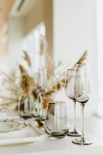 Chic Fall Loft Wedding Inspiration from Toronto – Shannon Robbins Photography – June Bloom Events 12