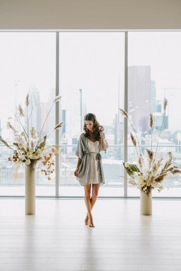 Chic Fall Loft Wedding Inspiration from Toronto – Shannon Robbins Photography – June Bloom Events 22