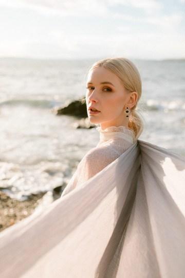 Gorgeous Coastal Ireland Wedding Inspiration – White Cat Studio – Petal and Twine 15