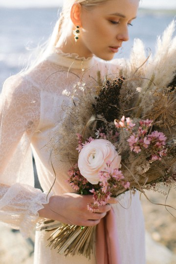 Gorgeous Coastal Ireland Wedding Inspiration – White Cat Studio – Petal and Twine 28