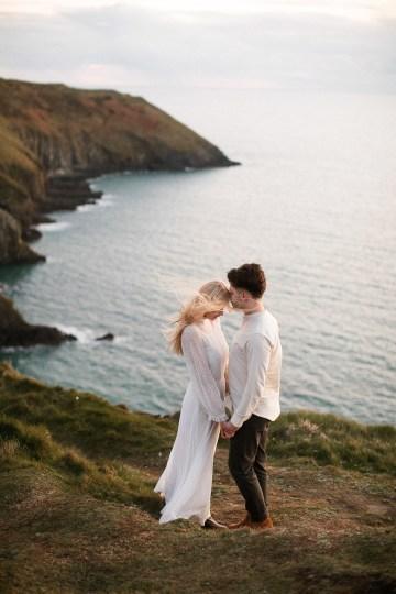 Gorgeous Coastal Ireland Wedding Inspiration – White Cat Studio – Petal and Twine 45