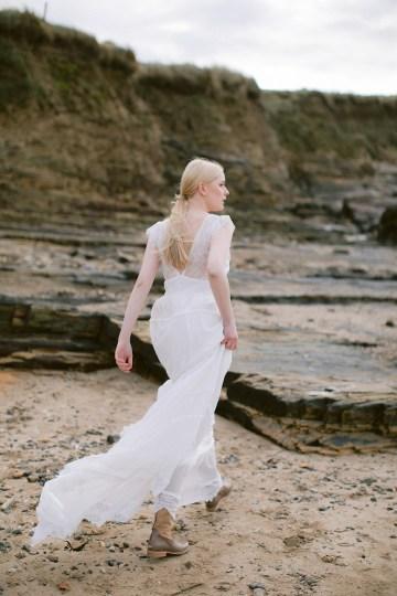 Gorgeous Coastal Ireland Wedding Inspiration – White Cat Studio – Petal and Twine 5