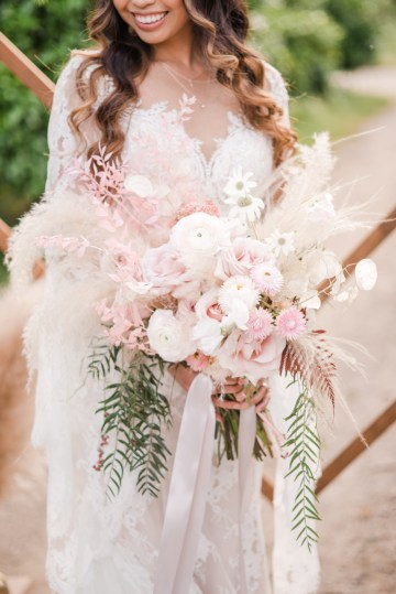 Pink Boho Farm Wedding Inspiration filled with Pretty Details – Carrie McCluskey Photo 5