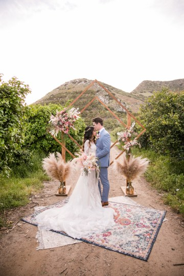 Pink Boho Farm Wedding Inspiration filled with Pretty Details – Carrie McCluskey Photo 8