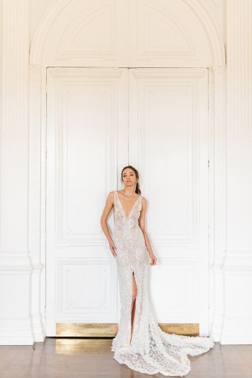 Luxurious and Opulent Wedding Inspiration Featuring Six Stunning Dresses – Gianluca and Mary Adovasio – Tigerlily Weddings 47