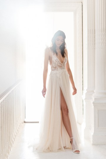 Luxurious and Opulent Wedding Inspiration Featuring Six Stunning Dresses – Gianluca and Mary Adovasio – Tigerlily Weddings 5