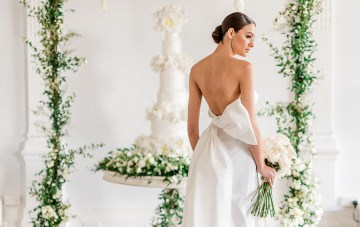 Luxurious White & Green London Wedding Inspiration