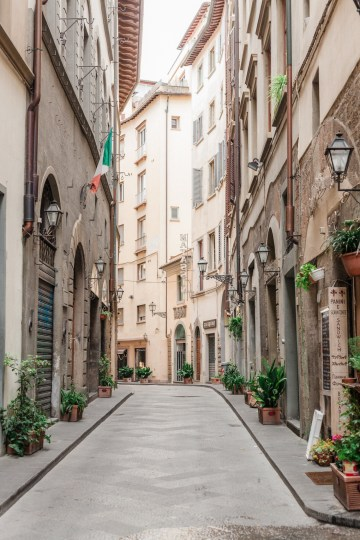 The Local Guide To A Florence Italy Honeymoon – Olga Makarova 32