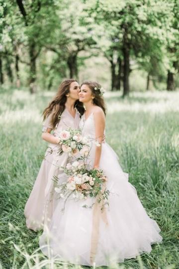 Whimsical Floral-Filled Woodland Wedding – Walnut and Main – Irina Turkova Photography 37