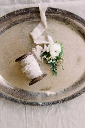Whimsical Floral-Filled Woodland Wedding – Walnut and Main – Irina Turkova Photography 4