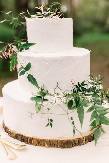 Whimsical Floral-Filled Woodland Wedding – Walnut and Main – Irina Turkova Photography 62