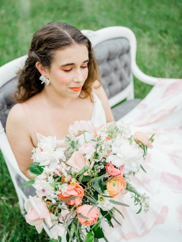 Whimsical Pantone Living Coral Colorful Meadow Wedding Inspiration – Kira Nicole Photography 28