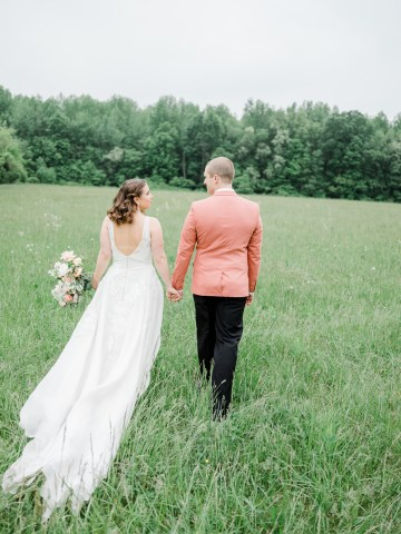 Whimsical Pantone Living Coral Colorful Meadow Wedding Inspiration – Kira Nicole Photography 36