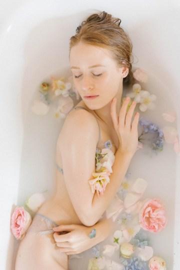 Artistic Renaissance Botticelli Same Sex Wedding Inspiration – Irene Fucci 12