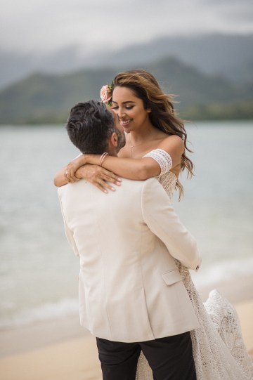 Breathtaking Cultural Polynesian Wedding on the Beaches of Hawaii – Joseph Esser 42
