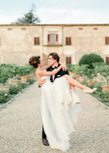 Breathtaking Tuscan Fine Art Wedding Inspiration – Olga Makarova 46