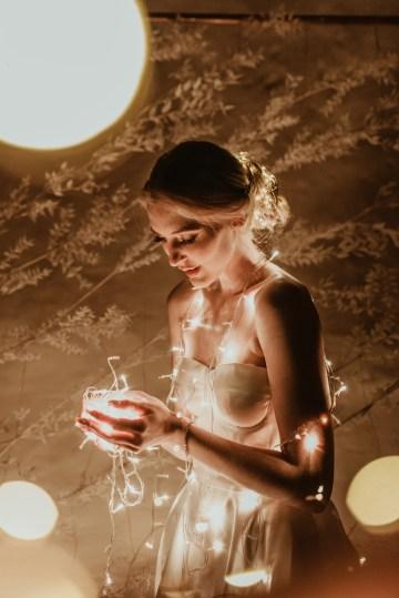 Candlelit Wedding Inspiration With Pretty Fairy Lights – Lauren Pretorius Photography 25