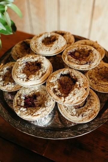 Joyous Oregon Berry Farm Wedding – Phil Chester – Peachy Keen Coordination – Hoffman Farm Store 14