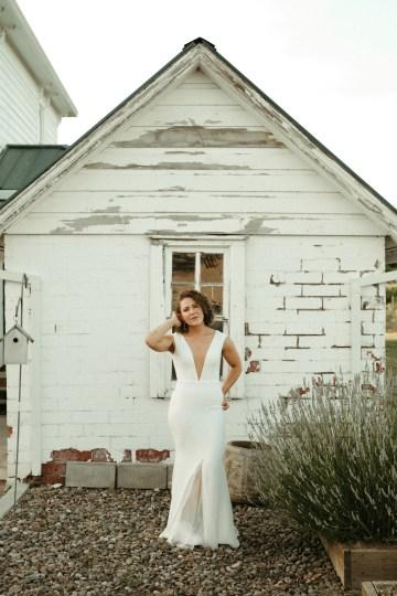 Joyous Oregon Berry Farm Wedding – Phil Chester – Peachy Keen Coordination – Hoffman Farm Store 33