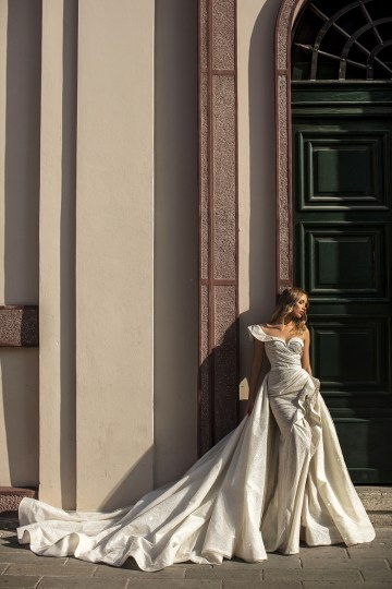 Showstopping Dazzling WONA Bridal Wedding Dresses – Aurora – Constance