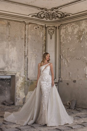 Showstopping Dazzling WONA Bridal Wedding Dresses – Aurora – Eva