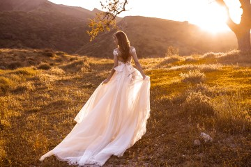 Showstopping Dazzling WONA Bridal Wedding Dresses – Catching The Wind – Zanizibar